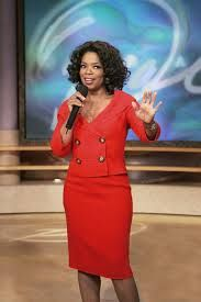 Oprah Winfrey is a icon. loving,caring, philanthropist, and more. - Celebrity Style Box: Celebrity Style Fashion and Latest Trends Fashion News, Fashion Outfits, 50 Fashion, Style Fashion, Oprah Winfrey Show, Successful Women, Red Skirts, Celebs, Celebrities