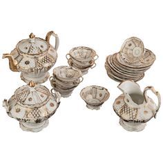 1stdibs.com | Antique Old Paris Porcelain Tea Set