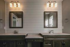 Barnwood Bathroom ©️Haas Cabinet