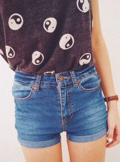 yin yang shirt + high wasted shorts