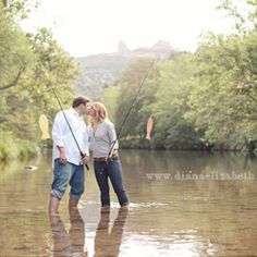 Kristina + Tim's beautiful e-session in Sedona complete with fishing in the lake + a picnic lunch.  Photos by the lovely Diana Elizabeth.    Awesome idea! @Beach Blonde10