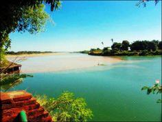 O encontro dos dois rios que banham a capital do Piauí: Rio Parnaíba, conhecido como Velho Monge, e o Rio Poti. Foto de Thomaz Viana Neto.