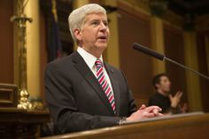 """""""Snyder talks policy agenda in State of the State address"""" By SHOHAM GEVA Photo by Ruby Wallau Published January 16, 2014"""