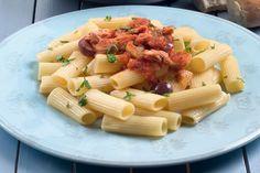 Σάλτσα με τόνο, ελιές και μανιτάρια - Συνταγές | γαστρονόμος