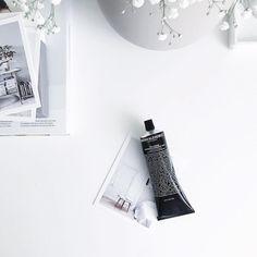 die besten 25 trockene juckende haut ideen auf pinterest hausmittel gegen juckende haut. Black Bedroom Furniture Sets. Home Design Ideas