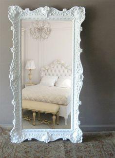 espelho grande, moldura clássica