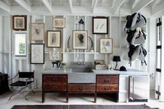 Read more about Windsor Smith Makes Lifestyle Architecture on @1stdibs | https://www.1stdibs.com/introspective-magazine/windsor-smith-homefront/