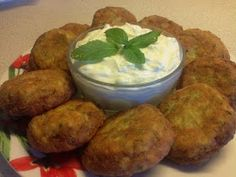 Colostomates - tasty vegetable cutlets with zucchini and cheese. Greek cuisine impresses with its variety of snacks. Various keftedakia (a kind of cakes and not. Greek Recipes, Desert Recipes, Vegetable Cutlets, Food Network Recipes, Cooking Recipes, Vegan Patties, The Kitchen Food Network, Open Recipe, Low Sodium Recipes