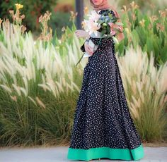 just love the poka dot dress Islamic Fashion, Muslim Fashion, Modest Fashion, Fashion Outfits, Trendy Fashion, Hijabi Gowns, Hijab Dress, Dress Up, Hijab Wear