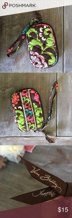 Used. Vera Bradley change purse. Gently used. Vera Bradley change purse. Vera Bradley Bags Clutches & Wristlets
