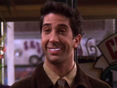 8 best teeth whitening kits to perfect your pearly whites from home Serie Friends, Friends Cast, Friends Moments, I Love My Friends, Friends Show, Ross Geller, Phoebe Buffay, Chandler Bing, Rachel Green
