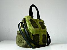 Women bag, granny square crocheted felted, green shades, messenger bag, shoulder bag, adjustable leather strap