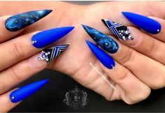 we compare more than 200 gorgeous coffin nails with stiletto nails.In the spark of the contrastive collision of these gifted nail creations, Bling Nails, Swag Nails, Stylish Nails, Trendy Nails, Jolie Nail Art, Stiletto Nail Art, Acrylic Nails, Luxury Nails, Fire Nails