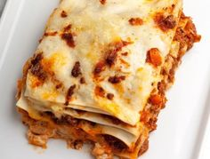beef sausage Use The Perfect Combination Of Ingredients For The Best Lasagna Youve Ever Tasted! 12 Tomatoes Recipes, Pasta Recipes, Beef Recipes, Dinner Recipes, Cooking Recipes, Recipies, Weeknight Recipes, Hamburger Recipes, What's Cooking