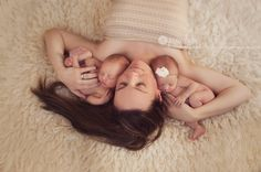 Jessica Lacey Photography | Twins with Mom | Newborn Photography | Twins Photography