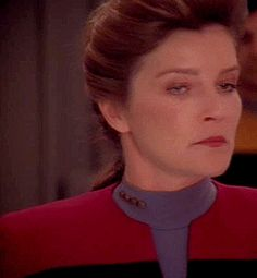 Star Trek Voyager - Captain Kathryn Janeway (Kate Mulgrew) - I don't think you will!