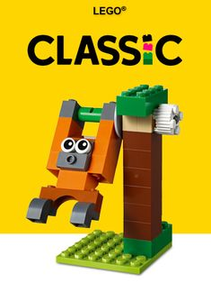 Soccer summer camp - - LEGO® Classic - Learn how to build an easy table soccer game for a rainy summer day, with fun, free building instructions from Lego Robot, Lego Toys, Lego Duplo, Lego Shop, Lego Hogwarts, Van Lego, Classic Lego, Lego Storage, Storage Ideas