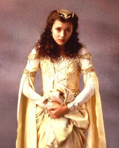 mia sara in legend