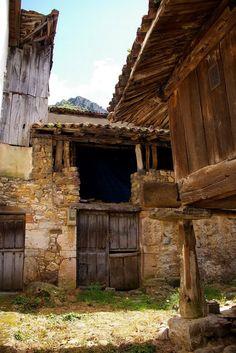 Villanueva, Santo Adriano, Asturias Spain