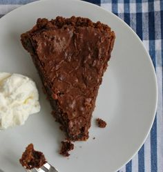 Chocolate chess pie with whipped cream - simple and amazing!