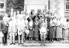 Class of 1907 reunion.  Courtesy of Explore UK.
