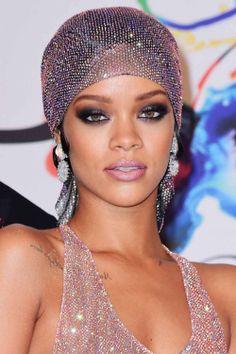 Best Celebrity Makeup Tutorials to Watch Right Now ...