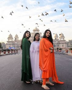Image may contain: one or more people, people standing, sky and outdoor Classy Photography, Girl Photography Poses, Beautiful Girl In India, Beautiful Girl Photo, Stylish Girls Photos, Stylish Girl Pic, Girl Pictures, Girl Photos, Independent Day