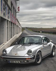 Porsche 911 - simple air-cooled perfection...