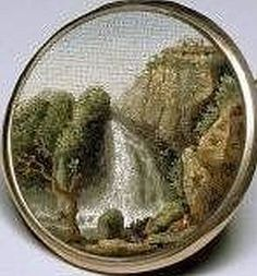 Antique Italian Micro Mosaic Button with especially fine tesserra. This button is utterly amazing, it looks like a painting.