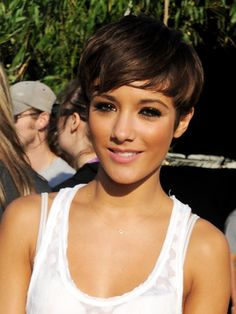 frankie sandford's pixie. My perfect short hair. #WANT.