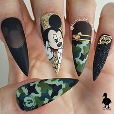 Beautiful hand painted camo Mickey Mouse nails by Ugly Duckling Family Member 😍 Ugly Duckling Nails is dedicated to keeping love, support, and positivity flowing in our industry ❤️ arcylic cute dark natural spring Disney Acrylic Nails, Best Acrylic Nails, Summer Acrylic Nails, Camouflage Nails, Camo Nails, Swag Nails, Grunge Nails, Glitter Nails, Crazy Nail Designs