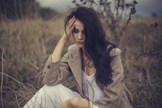 肌荒れや体調不良 女性ホルモンが乱れる影響と対処法