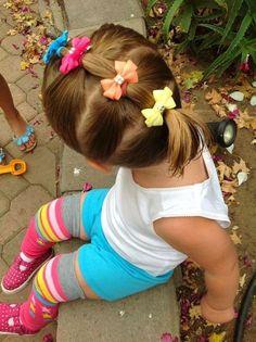 Çocuk Saç Modelleri At Kuyruğu Renkli Fiyonk Süslü