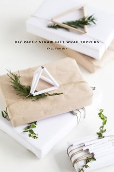 trick: rolling white paper to produce paper straws - DIY Paper Straw Gift Wrap Topper Tutorial | @fallfordiy