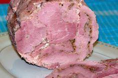 Taką szyneczkę robiłam już trzy razy za każdym razem z innego mięsa,ale każda smakuje wybornie :-) Następnym razem spróbuję zrobic drob... Homemade Sausage Recipes, Bacon Recipes, Kielbasa, Polish Recipes, Smoking Meat, Charcuterie, Carne, Pork, Food And Drink