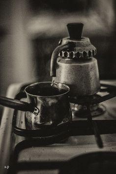 három csepp kávé/ three drops coffee by andreapiovanni, via Flickr