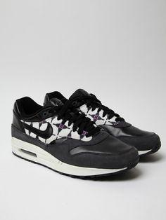 00bed40de25 137 Best Nike Shoes images