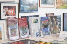 """Malevent bei """"Rostock kreativ"""" in der Kunsthalle Rostock   Präsentation der aktuellen Malreisen (c) Frank Koebsch Cover, Books, Art, Artworks, Watercolor, Creative, Art Background, Libros, Book"""