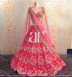 No photo description available. Indian Bridal Outfits, Indian Bridal Wear, Indian Dresses, Indian Wear, Indian Clothes, Lehenga Wedding, Indian Bridal Lehenga, Pakistani Bridal, Punjabi Wedding