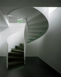 Image 19 of 19 from gallery of Villa W / CMA. Interior Exterior, Home Interior, Interior Architecture, Interior Design, Circle Stairs, Stairs To Heaven, Metal Stairs, Building An Empire, Modern Staircase