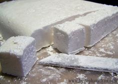 Homemade Marshmallows and Hot #Chocolate by Stephanie Lynn on iheartnaptime.net