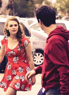Lydia and stiles are the ones who should be together I will freak out Even if there in the same room!! I ship stydia