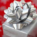 Wondering what to get the triathletes in your life for the holidays? Here's a list of 10 great gifts for that special triathlete in your life. The holidays are just about here, so this list will help you get started.