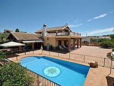 Spectaculaire+villa+avec+vue+magnifique+sur+la+Sierra+de+Mijas+++Location de vacances à partir de Guadalhorce (Costa del Sol) @homeaway! #vacation #rental #travel #homeaway
