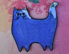 Ceramic cat spoon rest. Ceramic cat jewelry - soap holder. Cat ring holder. Ceramic cat dish. Cat table display. Handmade small cat plate