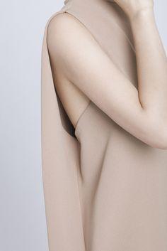 pinned by barefootblogin.com CAMEL DILL HIGH COLLAR DRESS by Kaarem