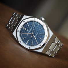 Blue Dialed Royal Oak 15400 for your viewing pleasure. Lux Watches, Dream Watches, Stylish Watches, Luxury Watches For Men, Audemars Piguet Watches, Audemars Piguet Royal Oak, Rolex, Michael Schumacher, Patek Philippe