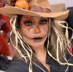 Scarecrow Halloween Makeup, Halloween Costumes Scarecrow, Amazing Halloween Costumes, Cute Halloween Makeup, Scary Halloween Costumes, Halloween Makeup Looks, Mermaid Halloween Makeup, Herbst Bucket List, Helloween Make Up