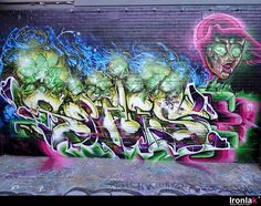 An exploration of Melbourne's graffiti art. See examples of Melbourne's famous graffiti covered alleyways. Sofles Graffiti, Graffiti Murals, Graffiti Styles, Mural Art, Graffiti Drawing, Graffiti Artists, Melbourne Graffiti, Grafitti Street, Graffiti Piece
