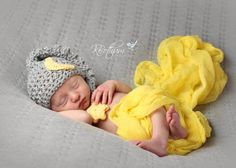 Make this simple Over The Moon Hat newborn crochet pattern. It's a perfect gender neutral crochet baby hat that will be cherished for years to come.